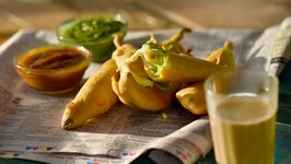Cheesy Mirchi Pakoda - How To Make Cheese Pakora