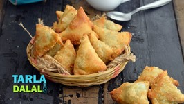 Mini Spinach And Cheese Samosa
