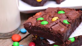 Ultimate Gooey - Fudgy Brownies