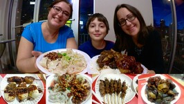 Chinese Sichuan Food - Lamb Skewers And Dry Spicy Dumplings / Gay Family Mukbang - Eating Show