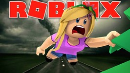 LITTLE KELLY CAUGHT IN A TORNADO ! Sharky Gaming - Roblox