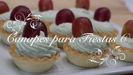 Canapes para fiestas 6  Tartaleta Crema de Queso Roquefort y Uva  Canapes Faciles y Rapidos