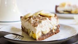 No-Bake Vegan Banoffee Pie -Banana Caramel Pie With Chocolate And Coconut