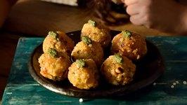 Sabudana Cheesy Vada / Crispy Veg Cutlets