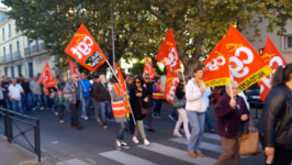 Public Sector Workers Strike Across France to Protest Labor Reforms