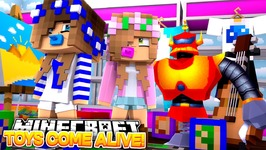 BOSS BEAR COMES ALIVE!! w/Little Carly and Little Kelly (Minecraft School)