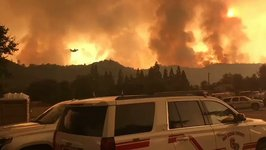 Air Tanker Works to Fight California's Detwiler Fire
