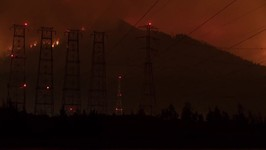 Timelapse Captures Eagle Creek Fire From North Bonneville, Washington