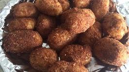 Easy Potato Croquettes  Simple Cheesy Potato Rolls