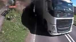 Driver Has Near-Death Experience With Oncoming Truck