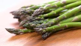 How to Buy and Prep Asparagus