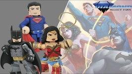 DC Comics Vinimates Batman Superman & Wonder Woman Collector Figures by Diamond Select Toys