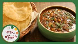Chole Bhature  Recipe by Archana  Easy To Make  Authentic Punjabi Main Course in Marathi
