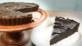 How To Make Chocolate Mud Pie- Easy Chocolate Dessert Recipe - Curries And Stories With Neelam