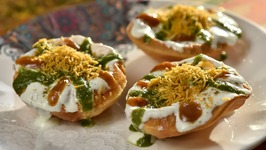 Raj Kachori (Chaat) - How to Make Delhi Style Khasta Kachori