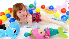 Baby Toys and Kids Bathtub Toys- Toy Whales and Toy Mermaid in the Water