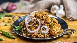 Tawa Pulav - Mumbai Style Tawa Pulao - Easy And Quick Indian Rice Recipe