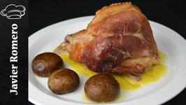 Codillo de cerdo con salsa Strogonoff