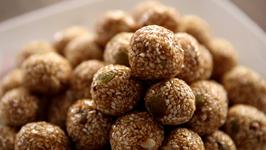 Tilache Ladoo - Tilgul - Sankranti Special Recipe By Archana In Marathi - Indian Sweets