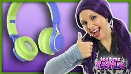 Pajamas Song and Wheels on the Bus for Kids with Headphones for Children