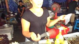 Thai Food Market Sells Edible Bugs to Tourists