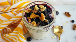 Breakfast Recipe- Blueberry Pie Overnight Oats