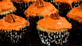 Pumpkin Cupcakes - Thanksgiving Recipe