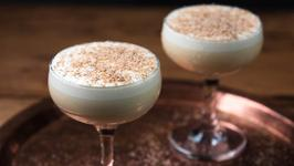 Rich and Frothy Eggnog