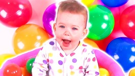 Baby Jessie Playing in the Ball Pool - Learning Toys for Children - Colorful Balls - Kid's Playtime