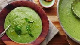 Quick and Easy Zucchini-Basil Soup