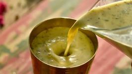 Thandai 2 Ways / Holi Special Thandai Drink