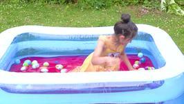 Paddling Pool Full of Jelly - Ep 36