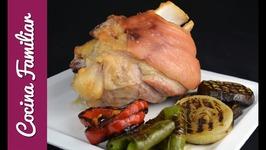 Codillo de cerdo asado con verduras a la planch - Recetas caseras