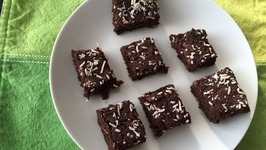 Vegan Gluten Free Brownies (With Black Beans) / Healthy Chocolate Power Bar
