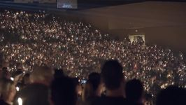 Thousands Sing Amazing Grace During Vigil For Las Vegas Shooting Victims