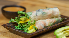 Avocado And Shrimp Spring Roll