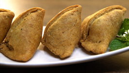 How To Make Samosa - Punjabi Samosa Recipe - Holi Special - The Bombay Chef - Varun Inamdar