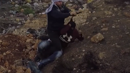 Undercover Agent Draws Pistol During Arrest of Protesters Near Ramallah