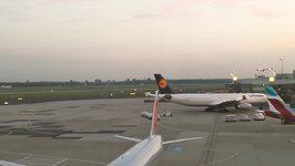 Air Berlin Pilots Pull Dramatic Flypast Stunt for Last Long-Haul Flight