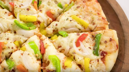 Microwave Pizza / Start To Finish Easy Veg Pizza Made In Microwave Oven