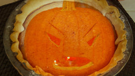 Halloween Pumpkin Pie - Leftover Pumpkin