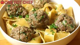 Easy One Pot Swedish Meatballs With Pasta