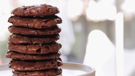 Chewy Flourless Chocolate Cookies