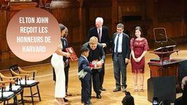 Elton John est mis à l'honneur à Harvard