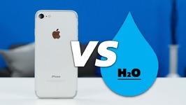 iPhone 7 vs Water