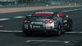 World first gaming controller operated Nissan GT R achieves 130 mph run around Silverstone
