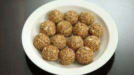 Til Ladoo Recipe - Homemade Til Gud Ke Laddu - Makar Sankranti Special - Sesame Ladoo - Ruchi
