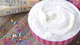 That Real Cream Cheese Frosting - OMG My Fav