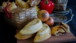 Venezuelan Spicy Chicken Empanadas - Classic Venezuelan Street Food