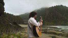 Guitarist Plays National Anthem Across America